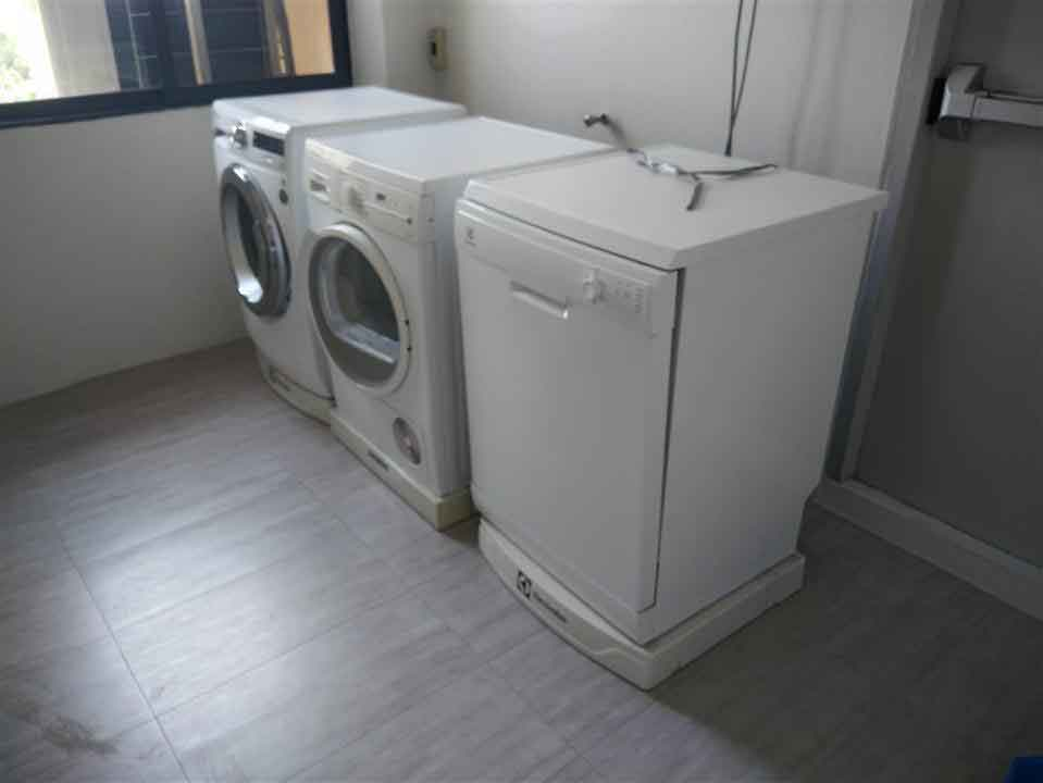 LAUNDRY ROOM AT UNIT 3RD FLOOR