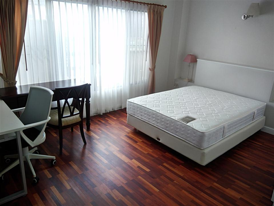 SECOND BEDROOM AT SATHORN CREST APARTMENT UNIT 6TH FLOOR