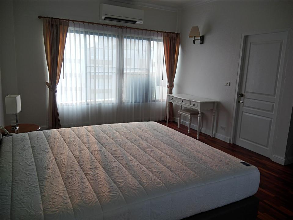 THIRD BEDROOM AT SATHORN CREST APARTMENT UNIT 6TH FLOOR