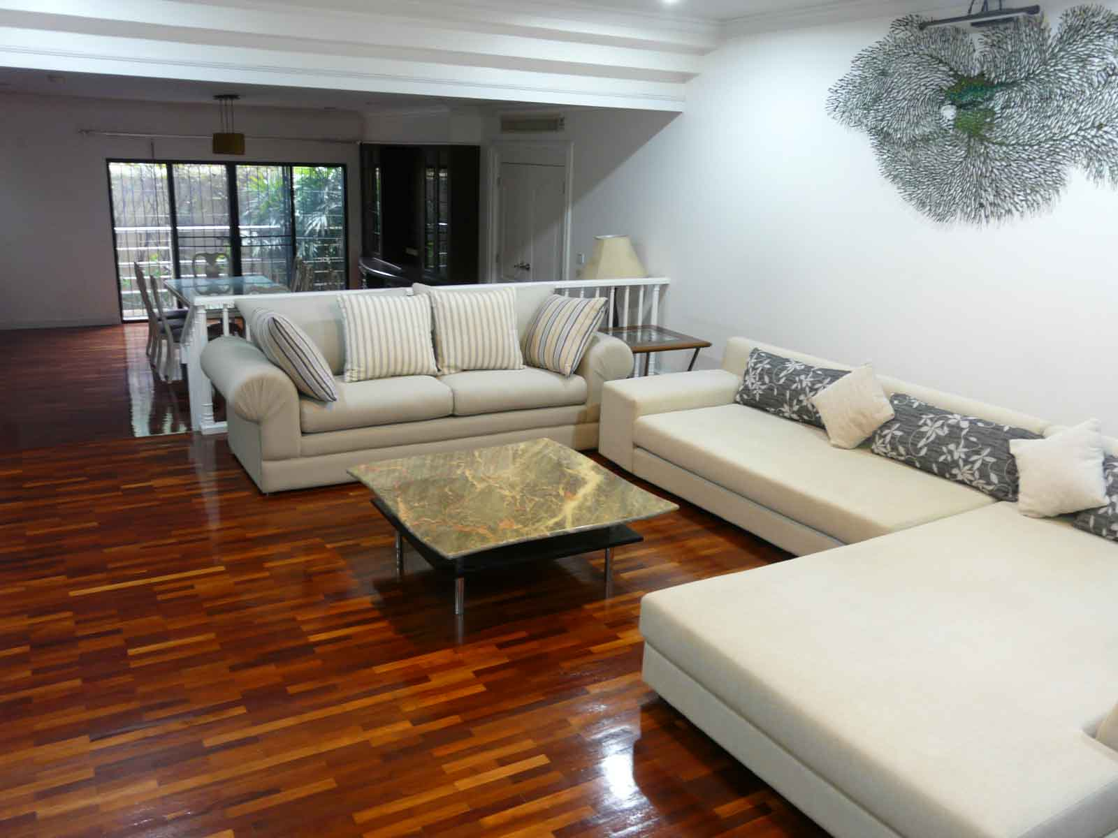 SATHORN CREST APARTMENT